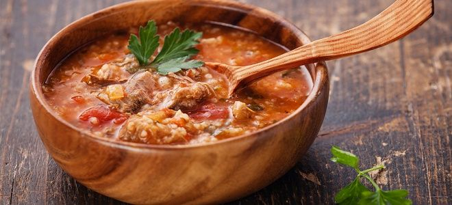 Top 7 soupes russes du bortsch russe la solianka l okrochka - Cuisine traditionnelle russe ...